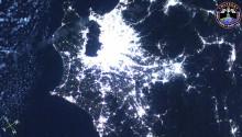 2016年10月15日10時35分頃(GMT)に撮影された能登半島から房総半島にかけての日本上空の夜景です.