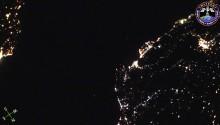 2016年10月5日23時44分頃(GMT)に撮影されたスペインからジブラルタル海峡,モロッコにかけての夜景です.