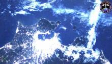 2016年11月15日14時46分頃(GMT)に撮影されたスーパームーンに照らされた関東平野の夜景です.