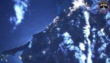 2017年7月7日13時00分頃(GMT)に撮影されたオーストラリアのブリズベン,ハーベイ・ベイ周辺の夜景です.